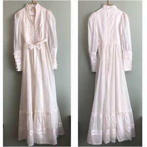Gunne Sax rare vintage pearl boho ivory dress